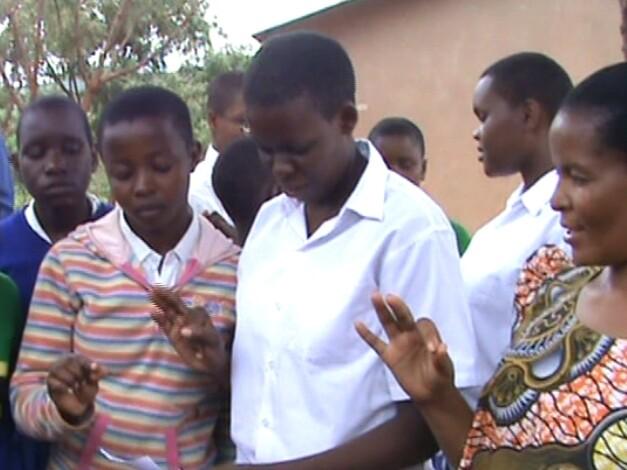 """3 for 1 goal"" in Mwanga (Tansania`)"